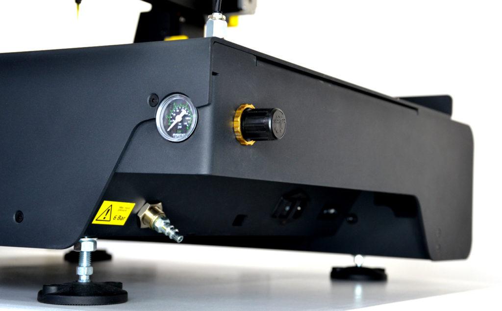 standard 115v or 230v and operation counter